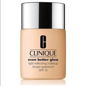 Clinique even better glow foundation shade: WN4